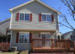 Foreclosed Home in Lake In The Hills 60156 160 VILLAGE CREEK DR - Property ID: 4121686