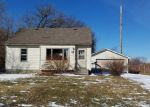 Foreclosed Home in Circle Pines 55014 61 CENTER RD - Property ID: 4121802