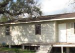 Foreclosed Home in Cuero 77954 308 S INDIANOLA ST - Property ID: 4122570
