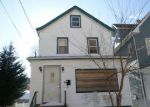 Foreclosed Home in Passaic 7055 11 CRESCENT PL - Property ID: 4123324