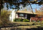 Foreclosed Home in Wappingers Falls 12590 15 MERRYWOOD RD - Property ID: 4123403