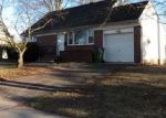 Foreclosed Home in Edison 8837 22 YURO DR - Property ID: 4123405