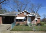 Foreclosed Home in Tuskegee Institute 36088 205 WASHINGTON ST - Property ID: 4124565
