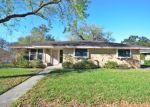 Foreclosed Home in Kingsville 78363 1720 SANTA CECILIA DR - Property ID: 4125239