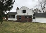 Foreclosed Home in Redford 48239 8900 RIVERDALE - Property ID: 4125937