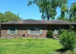 Foreclosed Home in Giddings 78942 167 COLENE ST - Property ID: 4126270