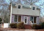 Foreclosed Home in Shirley 11967 99 REVILO AVE - Property ID: 4127170