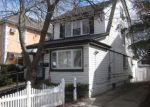 Foreclosed Home in Queens Village 11428 9265 224TH ST - Property ID: 4128011