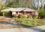 Foreclosed Home in Atlanta 30331 880 BOLTON RD NW - Property ID: 4128075