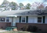 Foreclosed Home in Sandston 23150 4902 REGINA RD - Property ID: 4128520