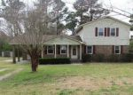 Foreclosed Home in New Bern 28560 855 HALF MOON RD - Property ID: 4128734