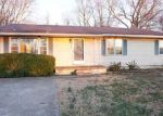 Foreclosed Home in Hopkinsville 42240 3606 GALE LN - Property ID: 4129013