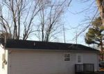Foreclosed Home in Springfield 37172 1702 MEADOWBROOK DR - Property ID: 4130042