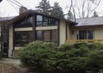 Foreclosed Home in West Bloomfield 48324 4940 ELMGATE DR - Property ID: 4130240