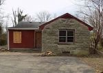 Foreclosed Home in Louisville 40229 9003 MAPLE RD - Property ID: 4130307