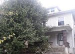 Foreclosed Home in Louisville 40211 4133 W BROADWAY - Property ID: 4130311