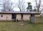 Foreclosed Home in De Soto 62924 3 CONCORD CIR - Property ID: 4131037