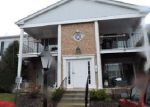 Foreclosed Home in Crystal Lake 60014 971 GOLF COURSE RD APT 3 - Property ID: 4131090