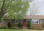 Foreclosed Home in Louisville 40214 8107 ATLANTA PKWY - Property ID: 4131148
