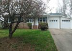 Foreclosed Home in Cherryville 28021 103 SUMMERS PL - Property ID: 4131319