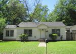 Foreclosed Home in Kilgore 75662 613 THOMPSON ST - Property ID: 4131554