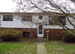 Foreclosed Home in Villa Park 60181 713 W PLYMOUTH ST - Property ID: 4132414