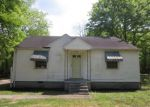 Foreclosed Home in Memphis 38127 3650 CEDELL DR - Property ID: 4132840