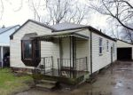 Foreclosed Home in Pontiac 48340 157 W COLUMBIA AVE - Property ID: 4134725