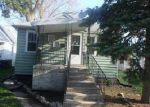 Foreclosed Home in Evergreen Park 60805 2704 W 99TH ST - Property ID: 4135318