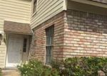 Foreclosed Home in Kenner 70065 30D RUE CHARDONNAY - Property ID: 4135732