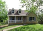Foreclosed Home in Clarksville 37042 626 BAY LN - Property ID: 4136230