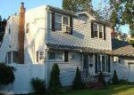 Foreclosed Home in Lindenhurst 11757 354 38TH ST - Property ID: 4136722