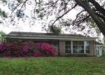 Foreclosed Home in Brenham 77833 702 E TOM GREEN ST - Property ID: 4137484