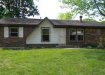 Foreclosed Home in Louisville 40258 7510 MALLARD DR - Property ID: 4138469
