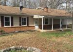 Foreclosed Home in Luray 22835 178 OUTPOST RD - Property ID: 4138732