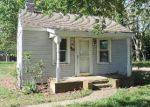 Foreclosed Home in Denton 21629 318 CARTER AVE - Property ID: 4138792