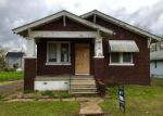 Foreclosed Home in Venice 62090 1240 ROBIN ST - Property ID: 4139690