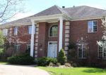 Foreclosed Home in East Amherst 14051 187 ROXBURY PARK - Property ID: 4139816