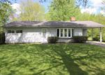 Foreclosed Home in Youngstown 44511 2829 REDGATE LN - Property ID: 4141694