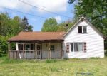 Foreclosed Home in Barberton 44203 3378 EASTON RD - Property ID: 4142543