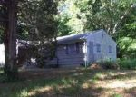Foreclosed Home in Middle Island 11953 38 HALF MILE RD - Property ID: 4142593