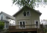 Foreclosed Home in Davenport 52803 2735 E LOCUST ST - Property ID: 4142817