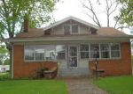 Foreclosed Home in Pekin 61554 1501 N 8TH ST - Property ID: 4142861