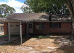 Foreclosed Home in Winter Haven 33880 904 GLAD RD - Property ID: 4142955