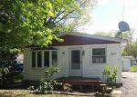 Foreclosed Home in Lake Milton 44429 17479 LAKEWOOD AVE - Property ID: 4143308