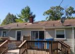 Foreclosed Home in Fenton 48430 710 ELMWOOD DR - Property ID: 4143628