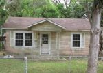 Foreclosed Home in Angleton 77515 1108 N ARCOLA ST - Property ID: 4144522