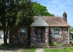 Foreclosed Home in Paris 38242 108 N LAKE ST - Property ID: 4144599