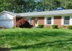Foreclosed Home in Louisville 40272 5613 BUNNING DR - Property ID: 4144862