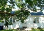 Foreclosed Home in Mount Vernon 62864 800 N 8TH ST - Property ID: 4144998